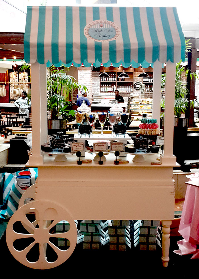 Create a cupcake cart