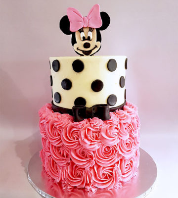 2-tier minnie mouse butter icing cake
