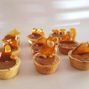 peanut butter chocolate tarts